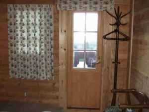 2階寝室バルコニー用のドア