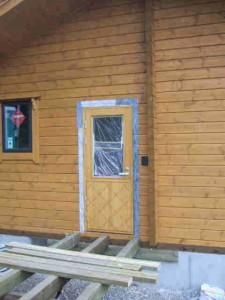 玄関ドア第1回目塗装